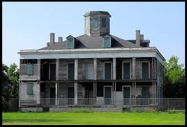 The abandoned plantation
