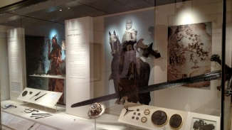 Auld Scotsmen and swords